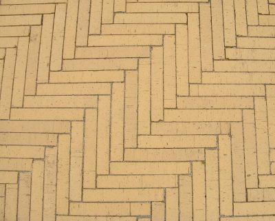 van den Broek product categorie Waalformaat lang gebakken ongetrommeld Geel Restpartij ± 17 m²