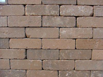 van den Broek product categorie Dikformaat beton Geel getrommeld  Restpartij ± 40 m²
