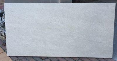van den Broek product categorie Keramische tegels 45x90x2 Jonesgrijs Restpartij ± 23,49 m²