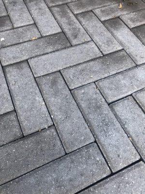 van den Broek product categorie Dikformaat beton Anita ongetrommeld Restpartij ± 28 m²