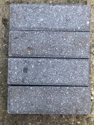 van den Broek product categorie Klinkers beton Linda roodoranje ongetrommeld Restpartij ± 45 m²