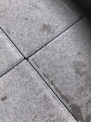 van den Broek product categorie Klinkers dubbel beton Nikapaars 21x21x8 Restpartij ± 18 m²