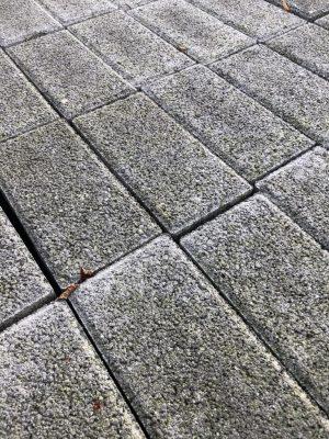 van den Broek product categorie Klinkers beton Caponegrijs toplaag Restpartij ± 10,9 m²