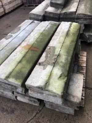 van den Broek product categorie Trottoirbanden Zadelhoff gebruikt 13/15x25x100 Restpartij 22 stuks