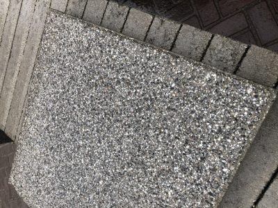 van den Broek product categorie Tegels beton 40x40x5 blokland toplaag Restpartij ± 20,48 m²